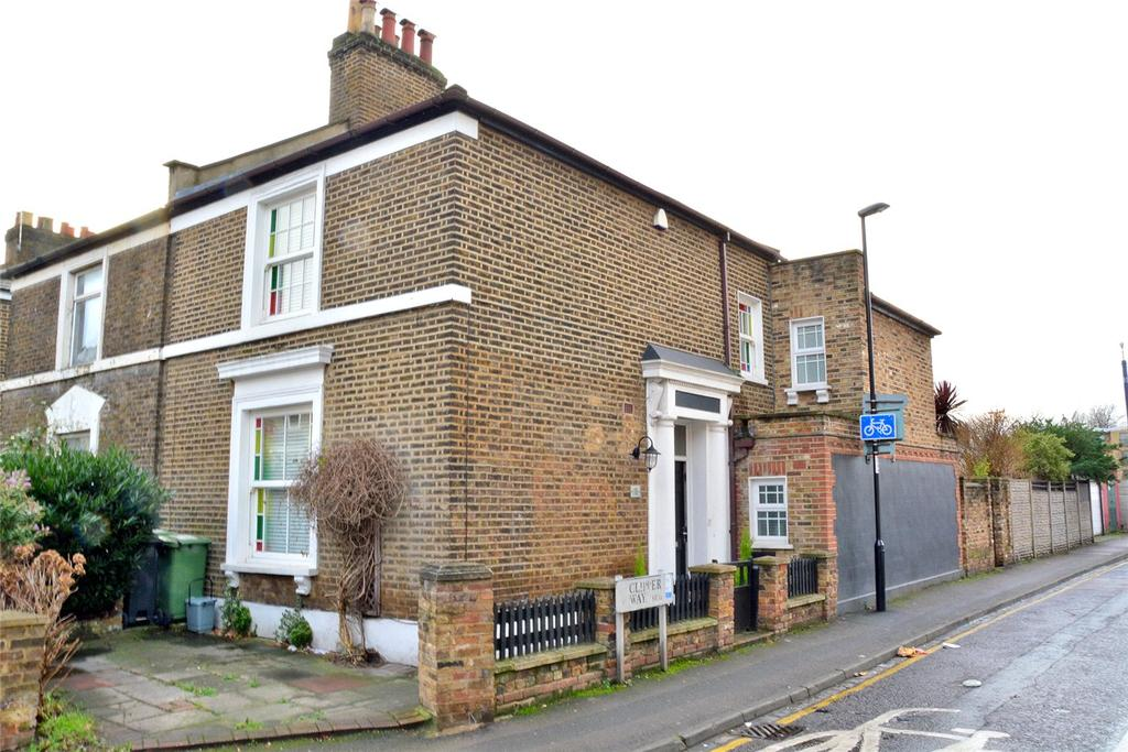 3 Bedrooms Semi Detached House for sale in Limes Grove, Lewisham, London, SE13