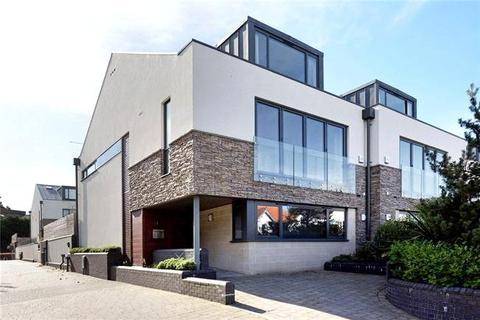 4 bedroom semi-detached house for sale - Panorama Road, Sandbanks, Poole, Dorset, BH13