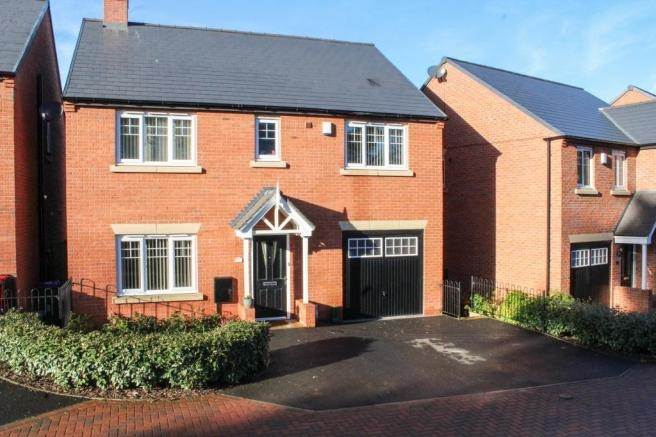 5 Bedrooms Detached House for sale in 6 Cowslip Acres, Church Aston, Newport, Shropshire, TF10 9FB