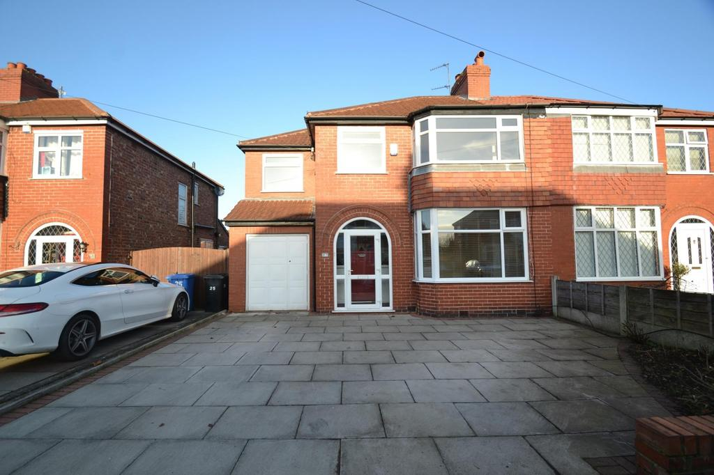 4 Bedrooms Semi Detached House for sale in Mossdale Road, Sale