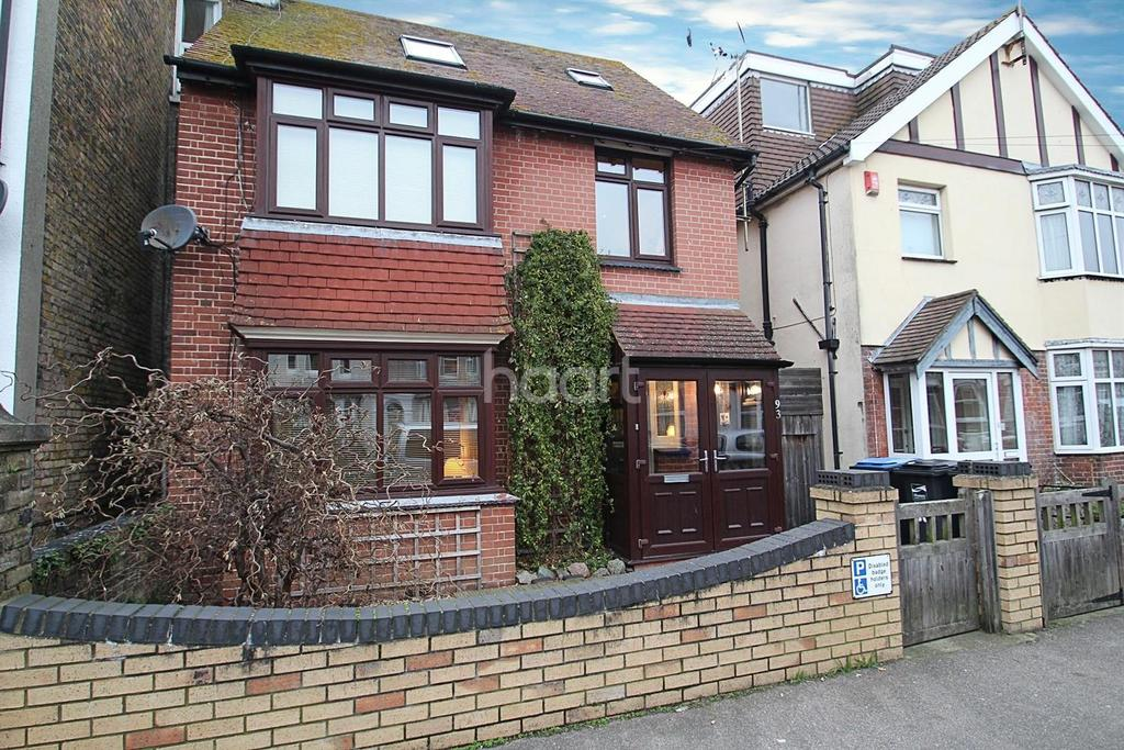 4 Bedrooms Detached House for sale in South Eastern Road, CT11