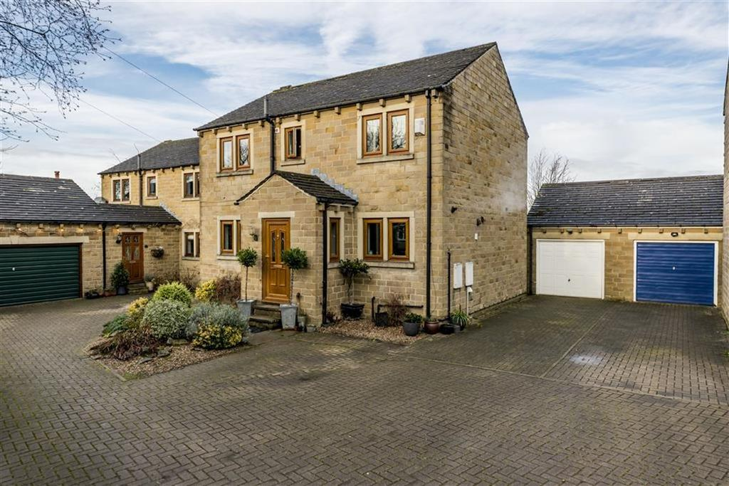 4 Bedrooms Detached House for sale in Redland Drive, Highburton, Huddersfield, HD8