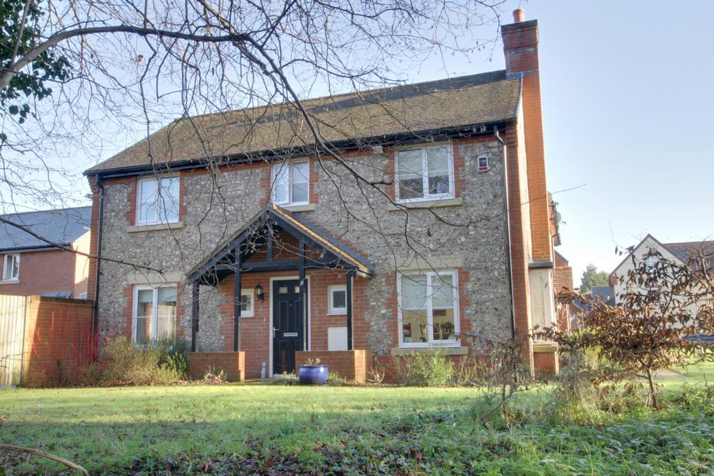 4 Bedrooms Detached House for sale in SAINT GEORGES ROAD, DENMEAD