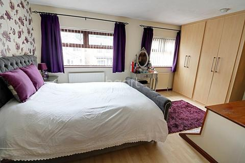 3 bedroom detached house for sale - Camelot Avenue, Sherwood