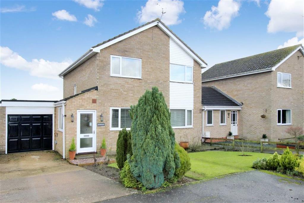 4 Bedrooms Detached House for sale in 18, Westminster Croft, Brackley