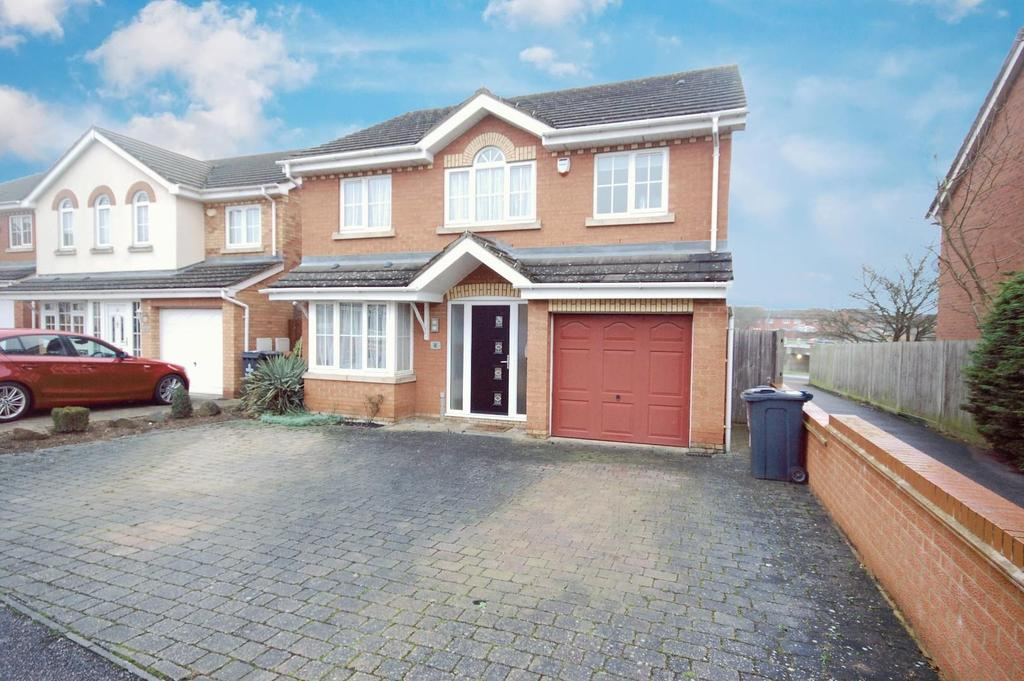 4 Bedrooms Detached House for sale in Jackdaw Close, STEVENAGE