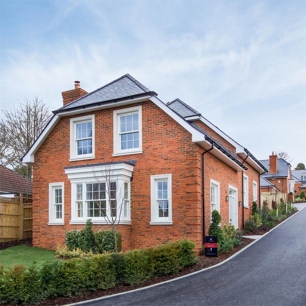 3 Bedrooms Detached House for sale in Headbourne Worthy, Winchester, Hampshire