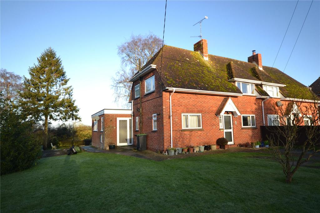 3 Bedrooms Semi Detached House for sale in Hillside, Melbury Abbas, Shaftesbury, Dorset, SP7