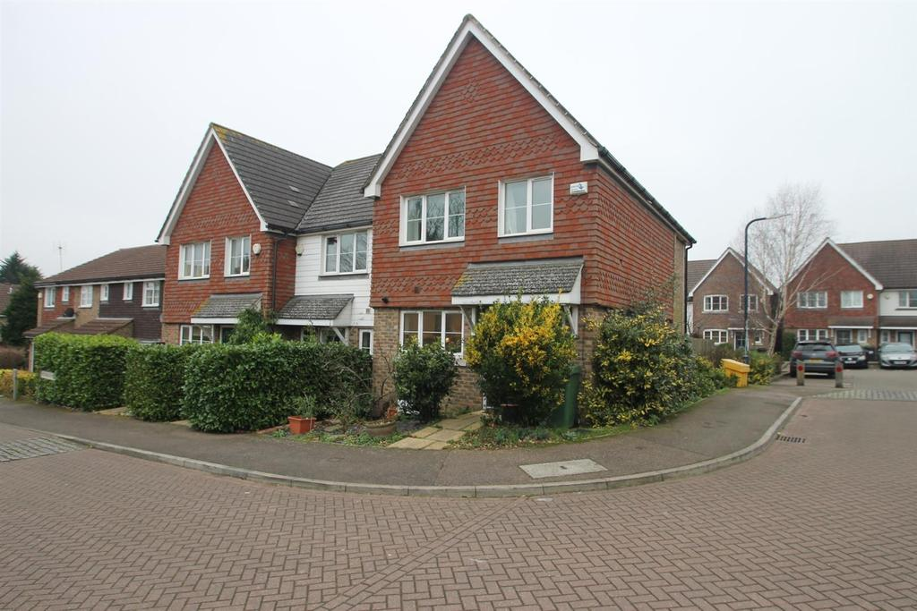 3 Bedrooms End Of Terrace House for sale in Westborough Mews, Maidstone