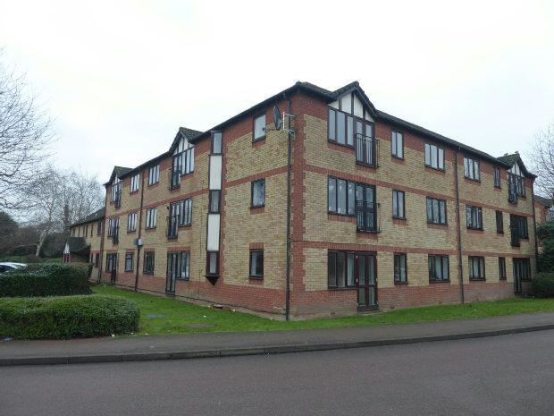 2 Bedrooms Apartment Flat for sale in Longworth Close, Banbury