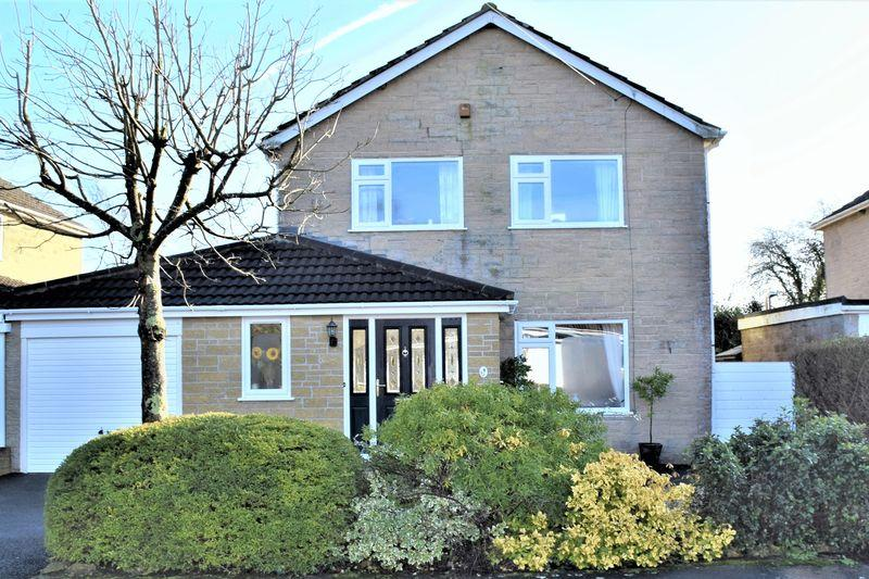 4 Bedrooms Detached House for sale in BROADMEAD CLOSE, MOSTERTON, BEAMINSTER