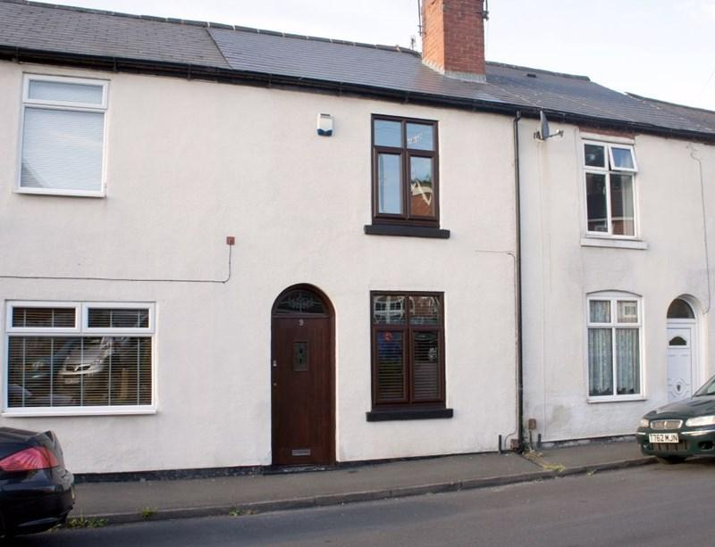 2 Bedrooms Terraced House for sale in Lawrence Street, Stourbridge