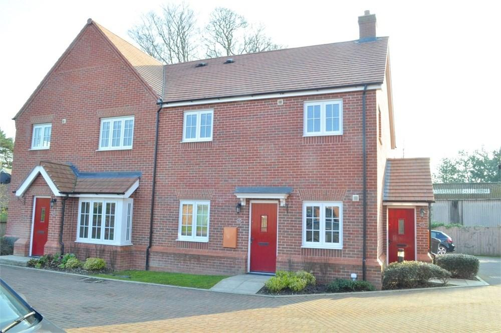 2 Bedrooms Apartment Flat for sale in Douglas Close, Hartford, Northwich, CW8