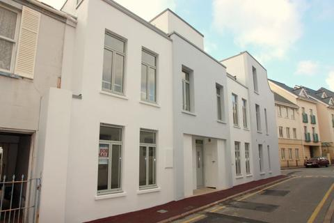 2 bedroom townhouse to rent - Devonshire Lane, St Helier, Jersey, JE2
