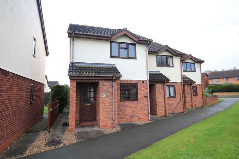 2 Bedrooms End Of Terrace House for rent in Victoria Road, SY11