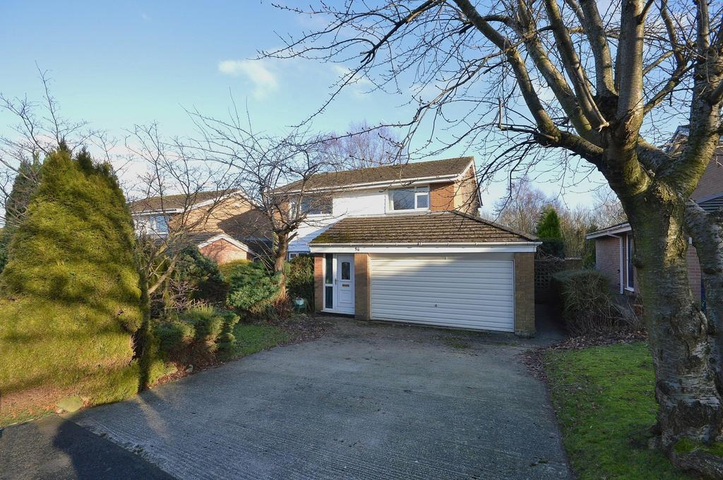 4 Bedrooms Detached House for sale in Beacon View, Marple