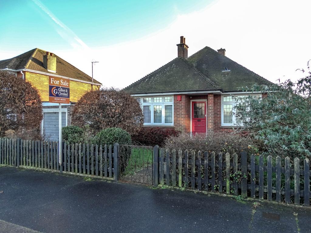 2 Bedrooms Detached Bungalow for sale in Glenwood, Bognor Regis