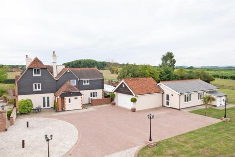 6 bedroom detached house for sale - Dean Street, East Farleigh, Maidstone