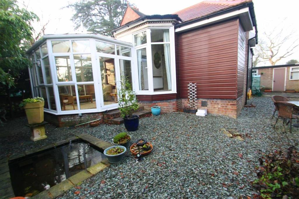 2 Bedrooms Bungalow for sale in Inglewood, Fulshaw Park South, Wilmslow