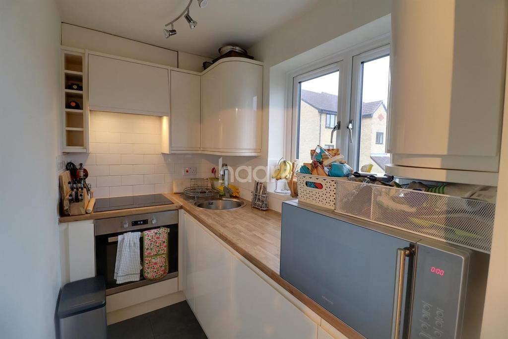 1 Bedroom Flat for sale in Worcester Park
