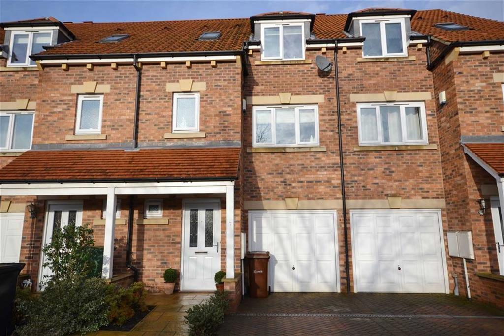 4 Bedrooms Town House for sale in Hazel Mews, Garforth, Leeds, LS25