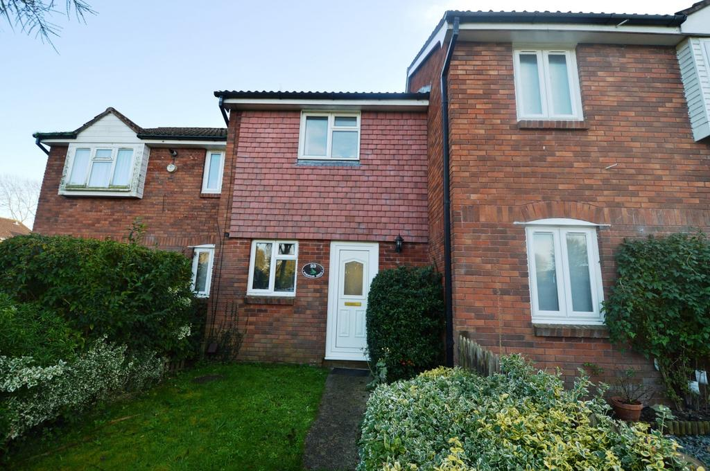 2 Bedrooms House for rent in Wheatear Drive, Petersfield, GU31