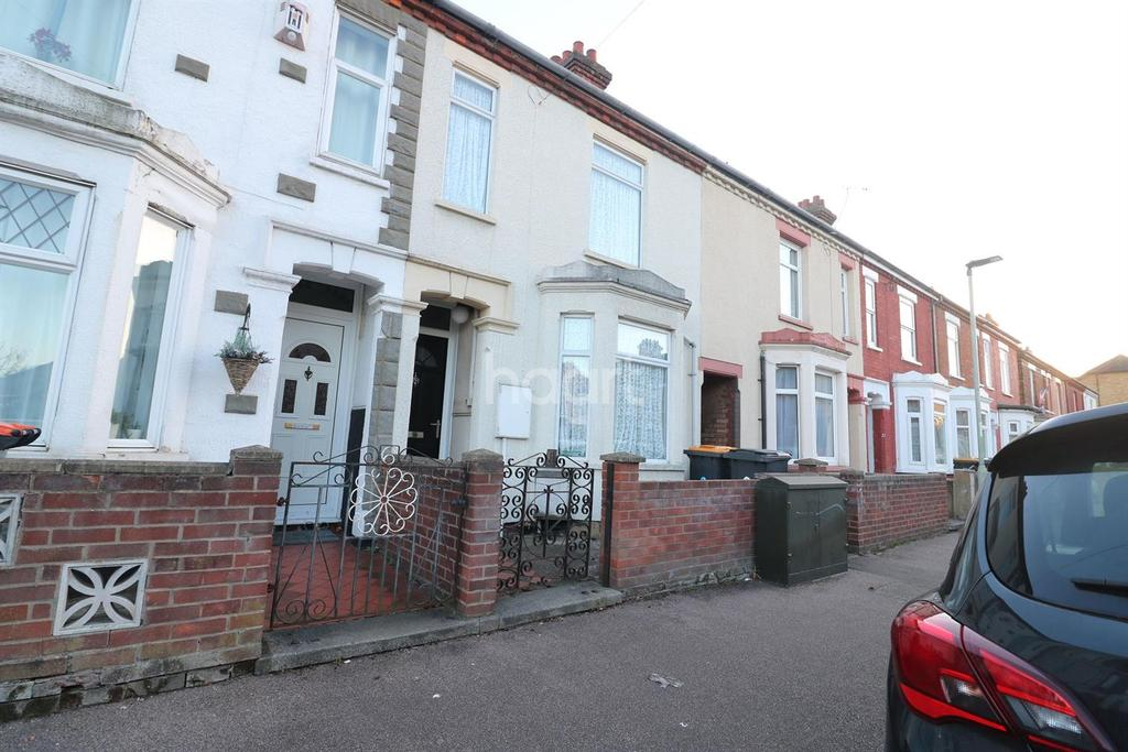 3 Bedrooms Terraced House for sale in Vulcan Street, Bedford