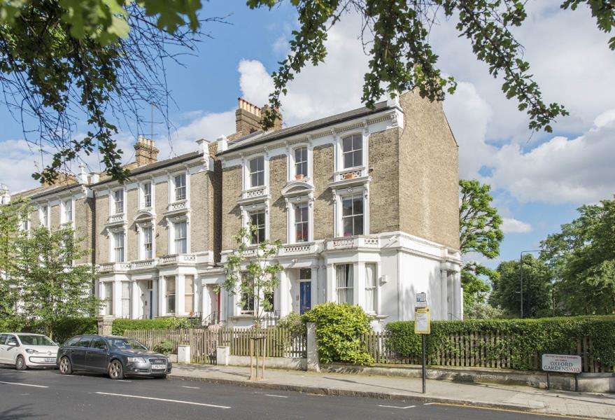 2 Bedrooms Apartment Flat for sale in Oxford Gardens, North Kensington W10