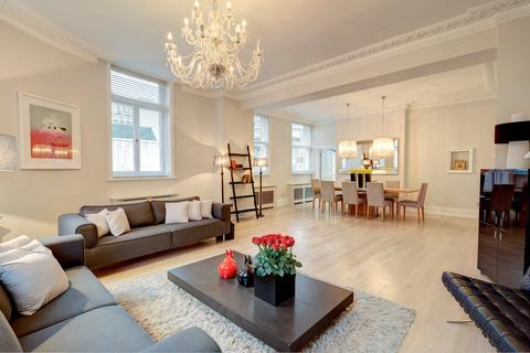 3 bedroom flat to rent - Northumberland Avenue, London. WC2N