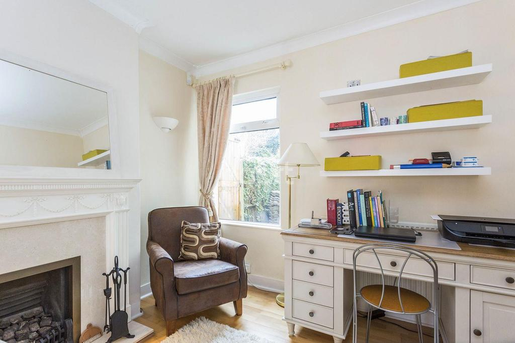 3 Bedrooms End Of Terrace House for sale in Beauchamp Road, Upper Norwood, SE19