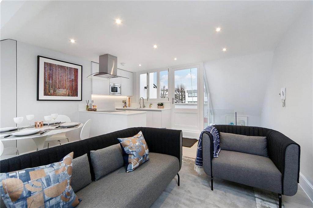 2 Bedrooms Maisonette Flat for sale in Portland Road, Holland Park, Notting Hill, London, W11