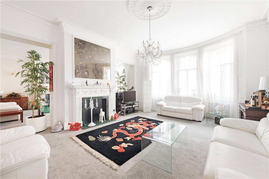 3 Bedrooms Flat for sale in Hyde Park Mansions, Cabbell Street, Marylebone, London, NW1
