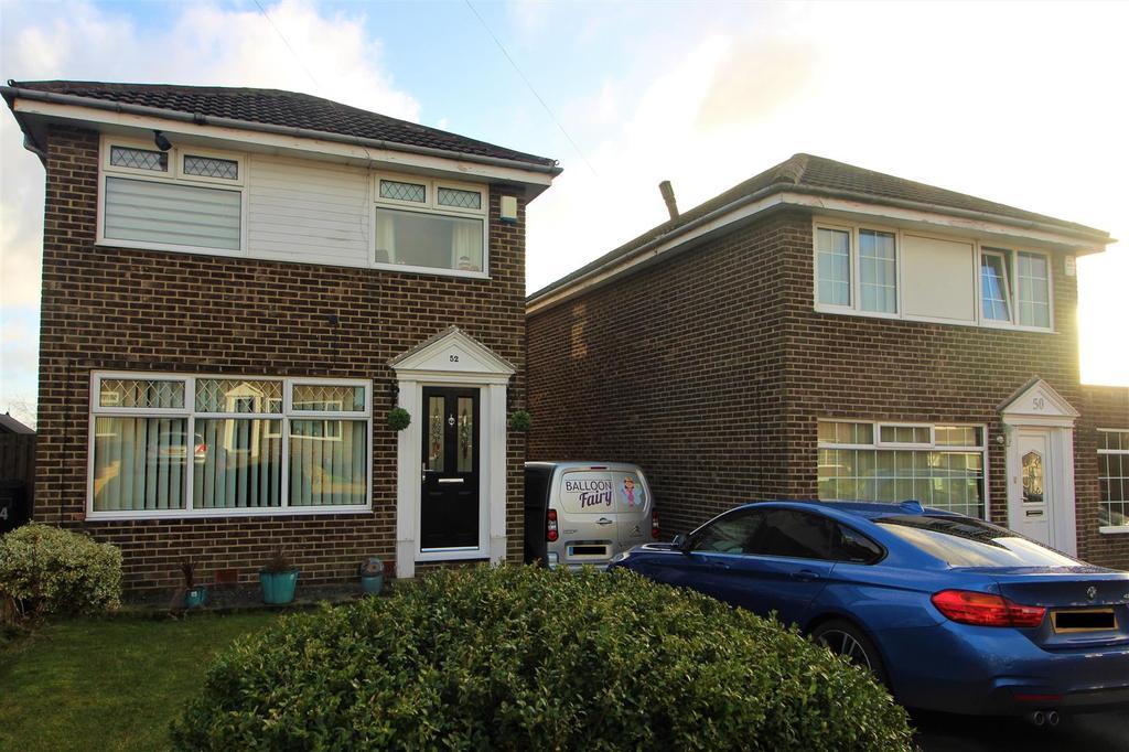 3 Bedrooms Detached House for sale in Meadow Park, Kirkheaton, Huddersfield, HD5 0HX