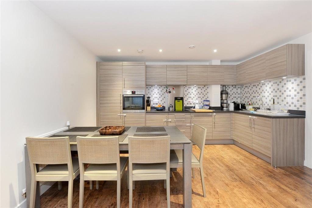 2 Bedrooms Flat for sale in Felix Point, 5 Epstein Square, London