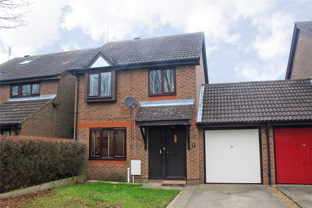 3 Bedrooms Detached House for sale in Wellington Drive, Welwyn Garden City, Hertfordshire