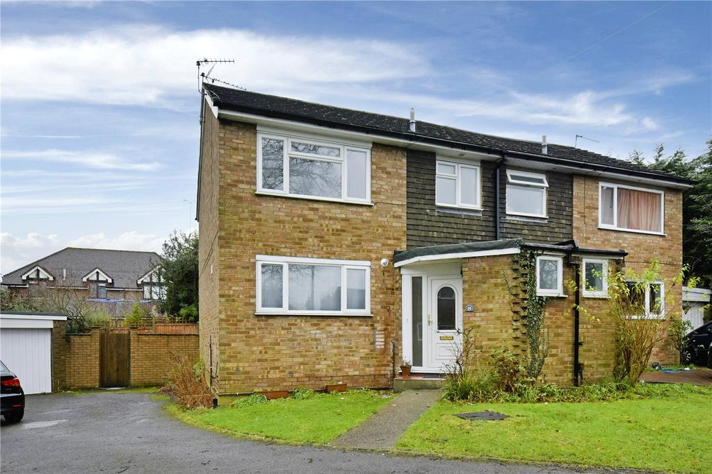 3 Bedrooms Semi Detached House for rent in Foxfield Close, Northwood, Middlesex, HA6