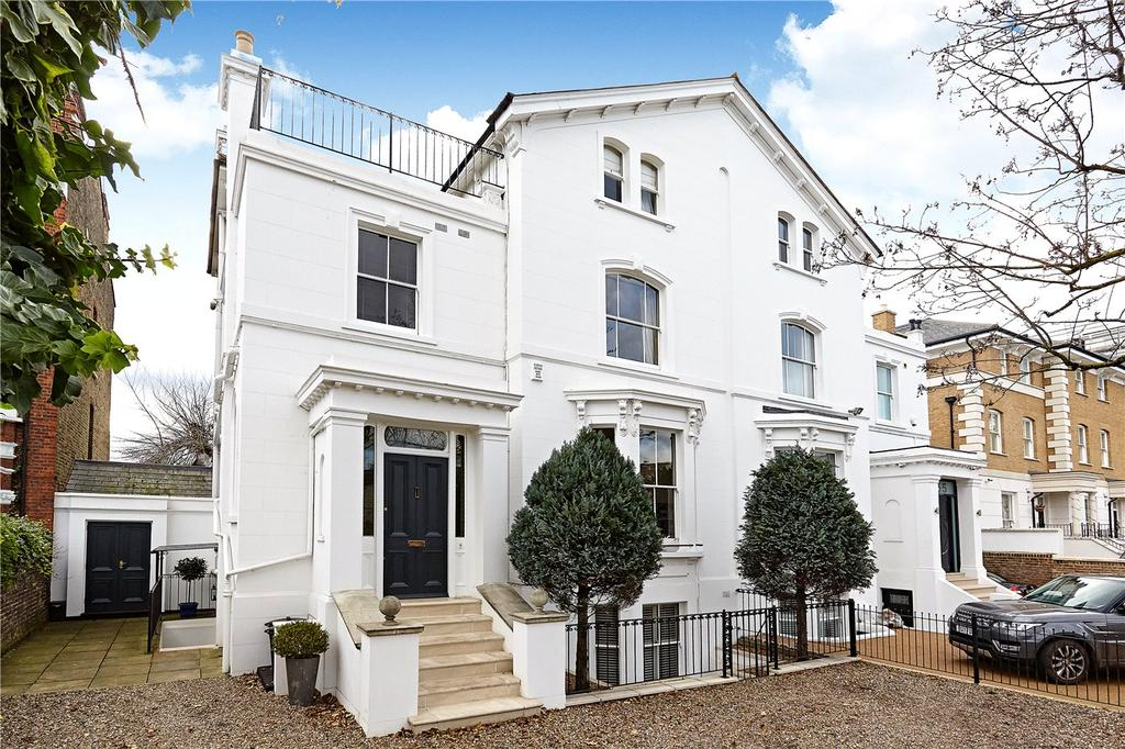 5 Bedrooms Detached House for sale in Upper Richmond Road, London, SW15
