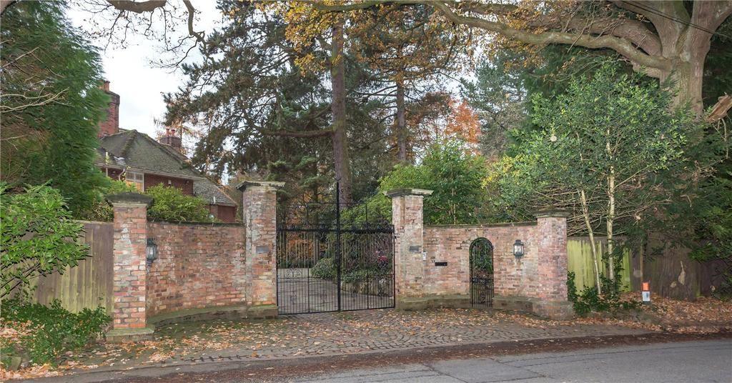 Character Properties For Sale In Cheshire