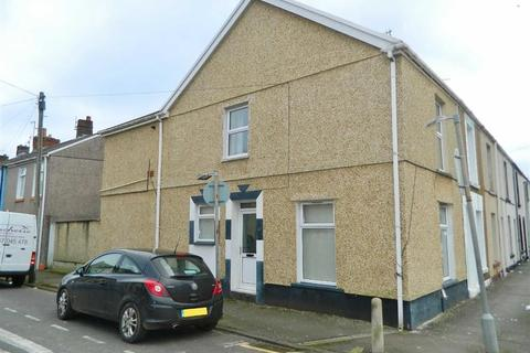 4 bedroom end of terrace house for sale - Argyle Street, Sandfields