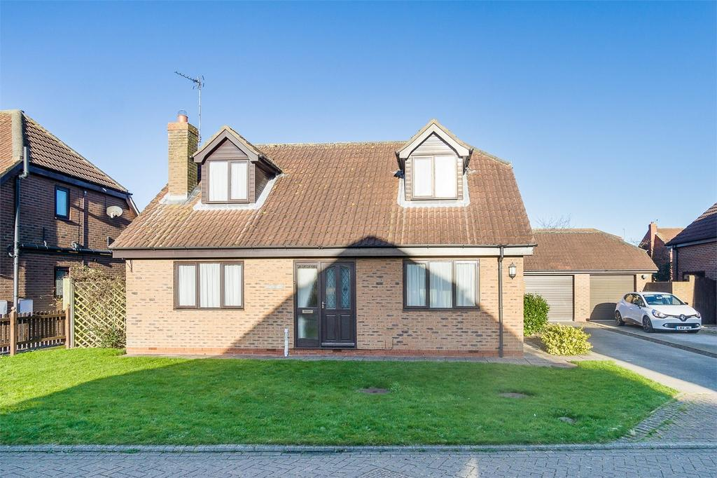 4 Bedrooms Detached House for sale in Hinch Garth, Roos, East Riding of Yorkshire