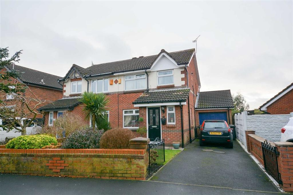 3 Bedrooms Semi Detached House for sale in Sandway, Springfield, Wigan, WN6
