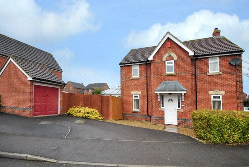 4 Bedrooms Detached House for sale in Azalea Road, Wick St Lawrence, Weston-Super-mare, Somerset, BS22