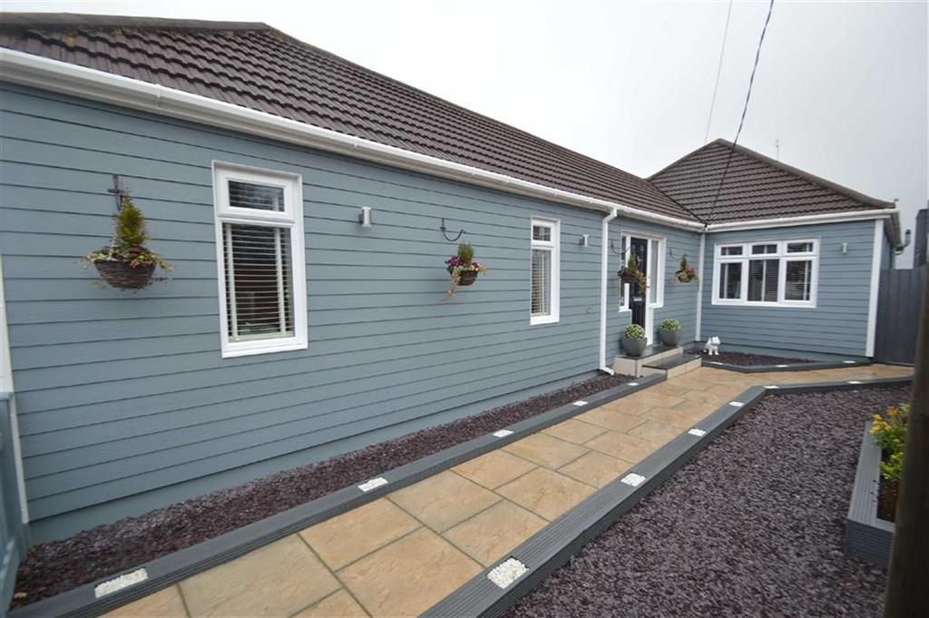 4 Bedrooms Detached House for sale in Ashingdon Road, Rochford, Essex