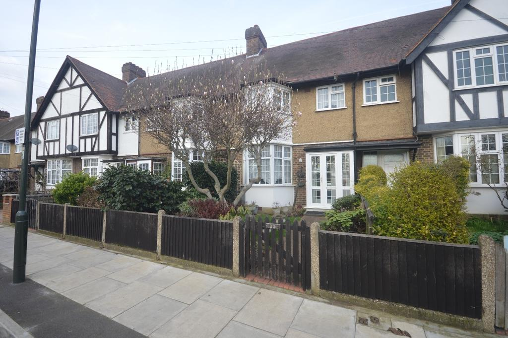 3 Bedrooms Terraced House for rent in Manship Road Mitcham CR4