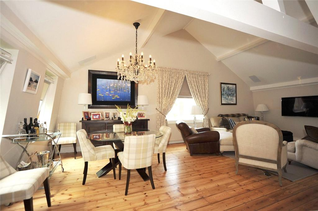 2 Bedrooms Apartment Flat for sale in 8 The Warehouse, Market Place, Ingatestone, Essex, CM4