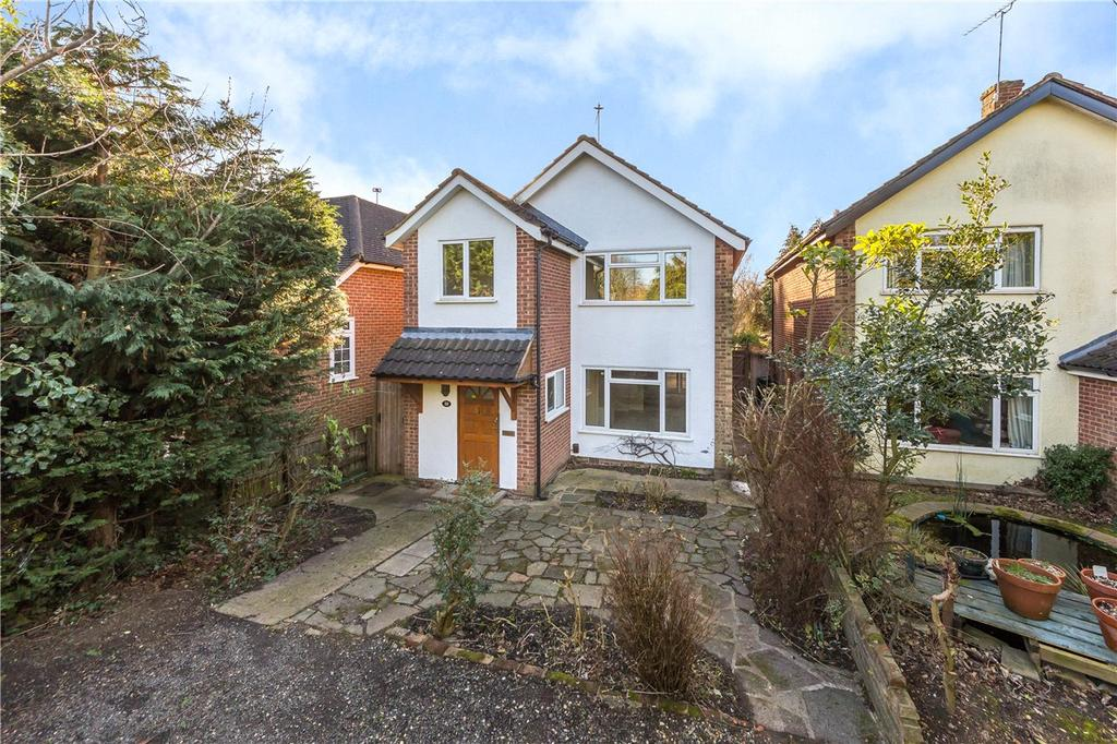 3 Bedrooms Detached House for sale in Gainsborough Avenue, St. Albans, Hertfordshire