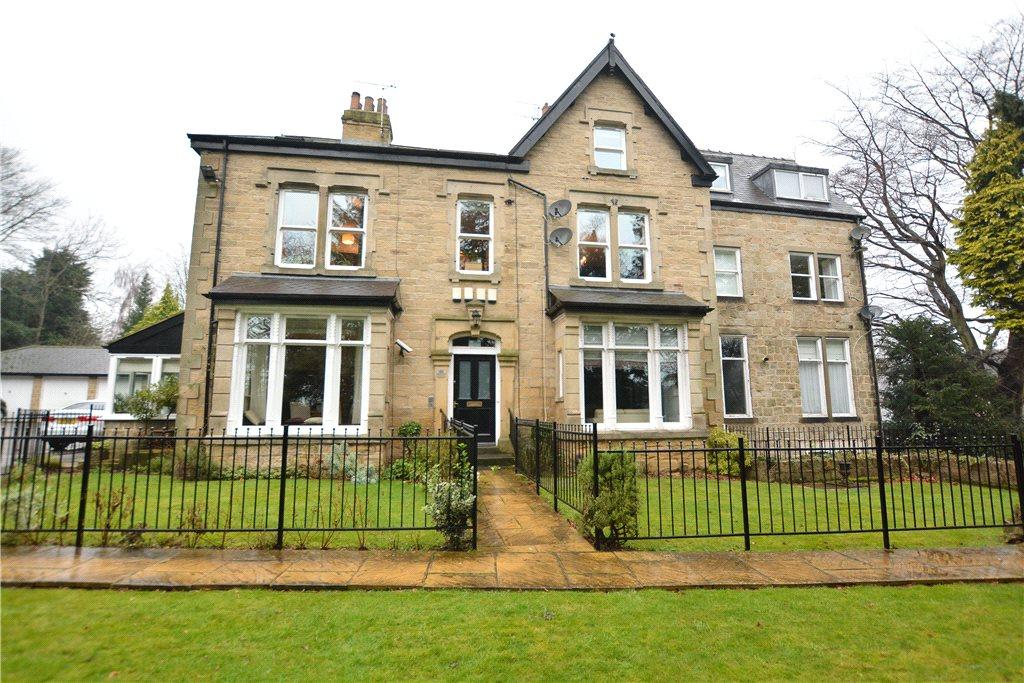 2 Bedrooms Apartment Flat for sale in Old Park Court, 85 Old Park Road, Roundhay, Leeds