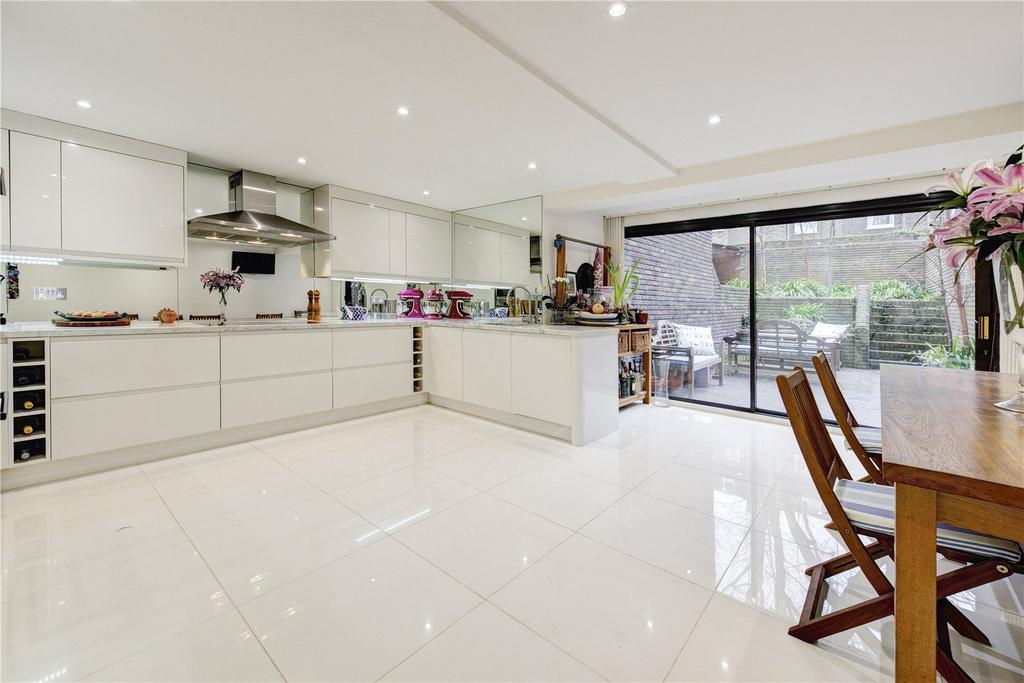 4 Bedrooms Terraced House for sale in Logan Place, London, W8