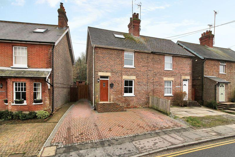 3 Bedrooms Semi Detached House for sale in Western Road, Crowborough, East Sussex