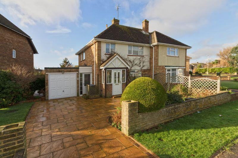 3 Bedrooms Semi Detached House for sale in Limbrick Lane, Goring-by-Sea